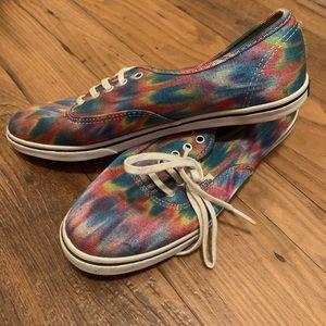 Vans sneakers tye-dye.